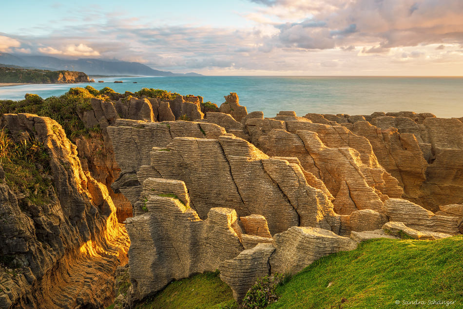 Pan Cake On The Rocks